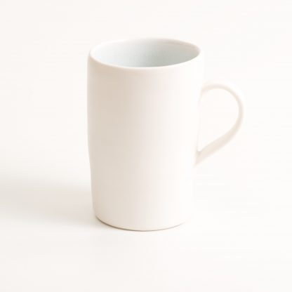 mug-porcelain-handmade-ceramic-tableware-tea-coffee- blue- knitted -cosy- tea cos