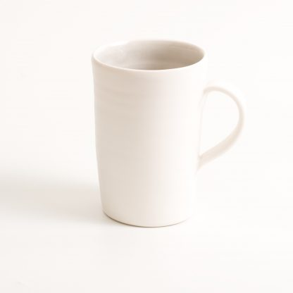 mug-porcelain-handmade-ceramic-tableware-tea-coffee- grey- knitted -cosy- tea cos