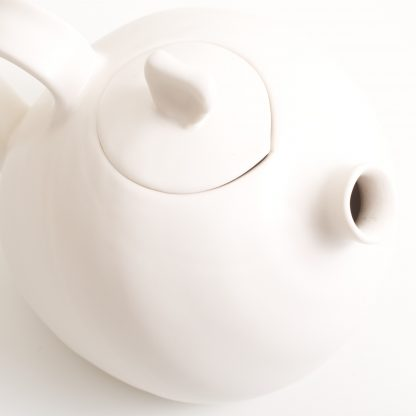handmade porcelain- teapot- tea- afternoon tea-