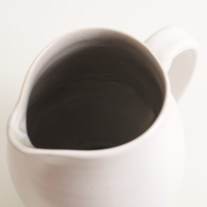 tableware designer- cafe range-grey jug- linda bloomfield- stoneware- coloured interior- made in england