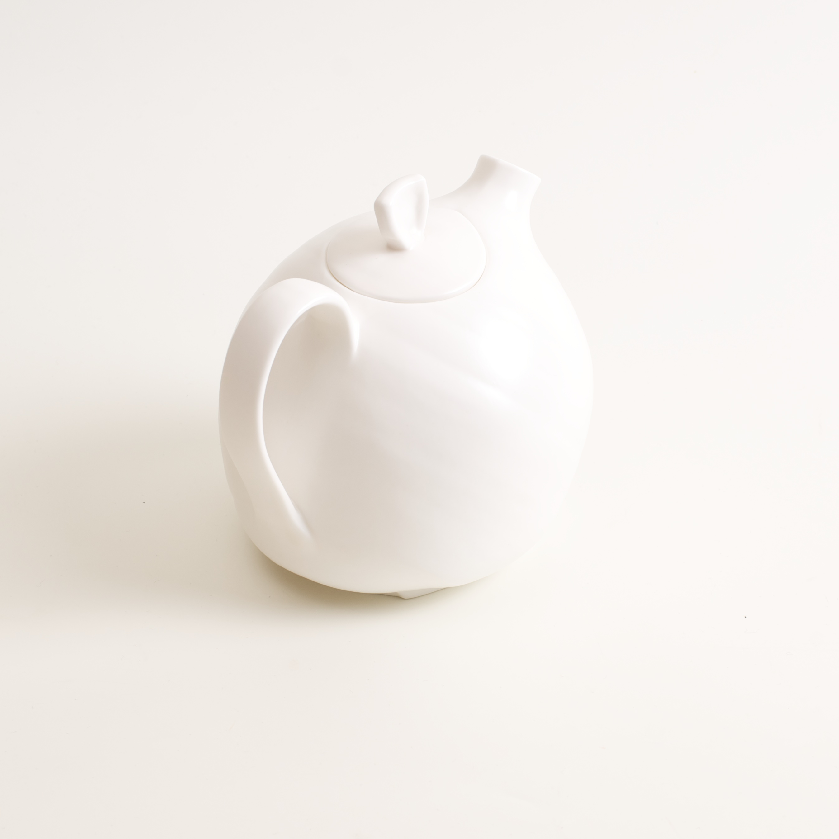 Bone China Organic Teapot Linda Bloomfield