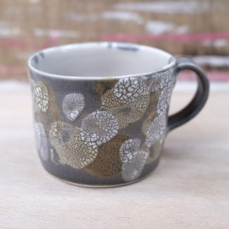 lichen glazed mug black