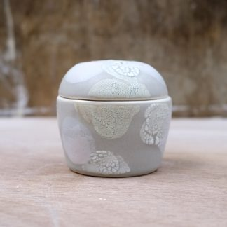 lidded porcelain box